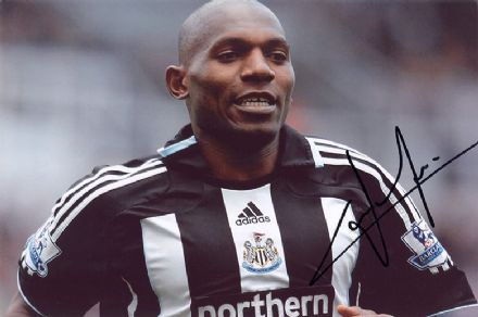 Geremi, Newcastle Utd & Cameroon, signed 12x8 inch photo.
